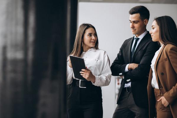 AA 55 | Confident Accountant